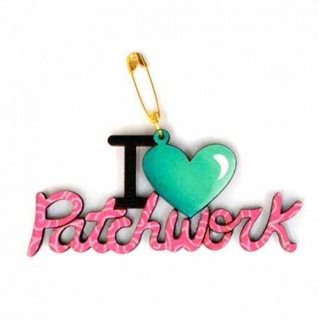 Botón de madera I love Patchwork.
