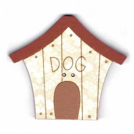 Botón de madera de casa de perro.